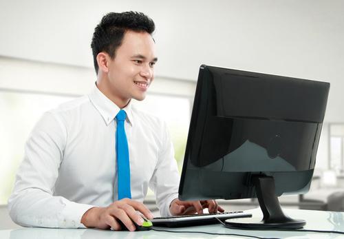 Man Browsing Computer.jpg